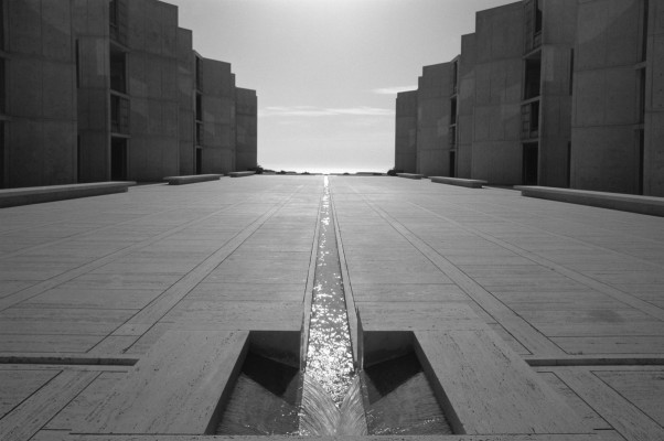Salk Institute of Biological Research, Louis Kahn, La Jolla, CA